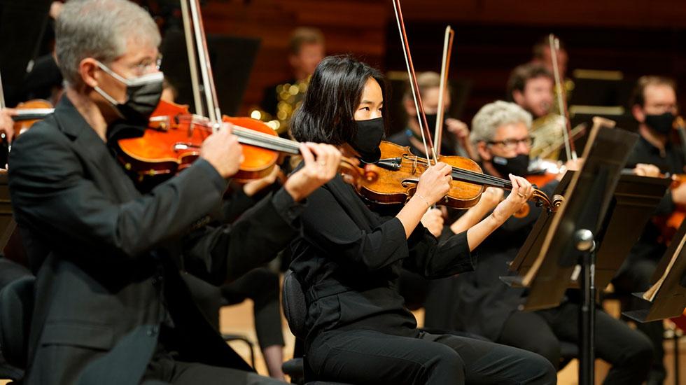 L'Orchestre national de France dirigé par Cristian Măcelaru © Christophe Abramowitz / Radio France